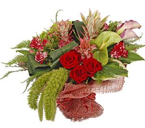 Букет микс с розами и антукиумом