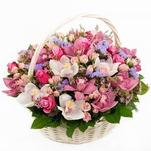 Композиция в корзинке роза орхидея