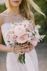 Букет из розы тюльпановидной